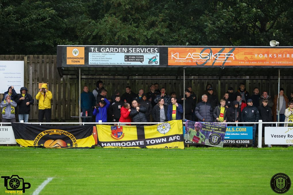 Brighouse Away Image 1