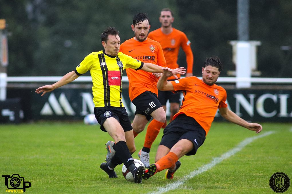 Brighouse Away Image 2