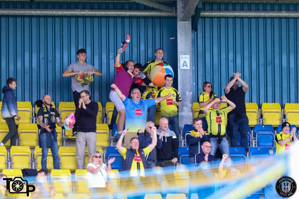 Torquay Away Image 5